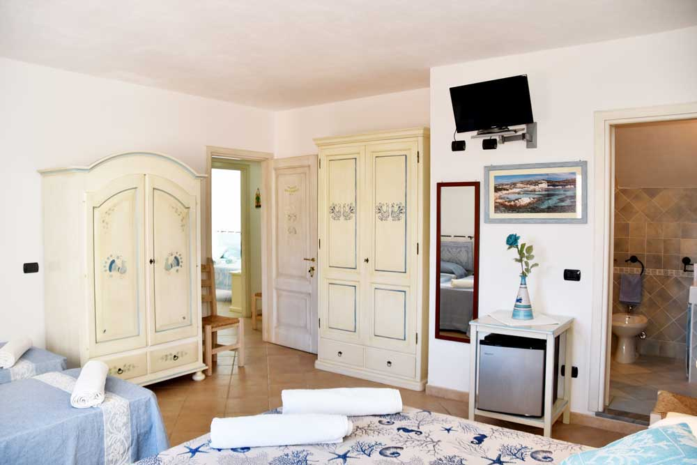 Camera Le Pavoncelle -  b&b MARE ISOLE